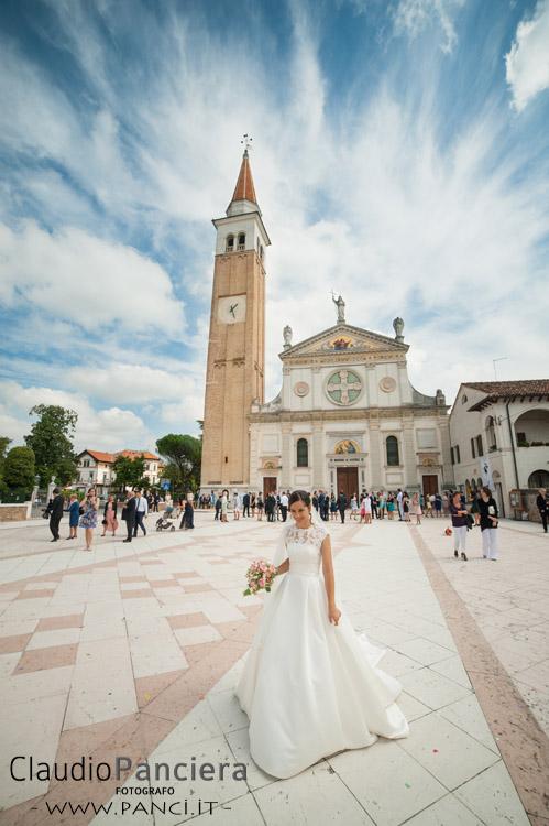 Lato esterno del matrimonio – sposa