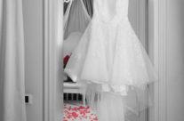 La silenziosa camera in attesa della sposa